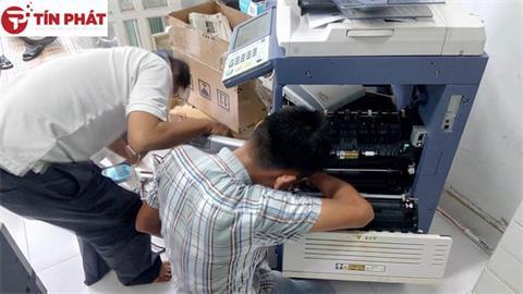 nhan-sua-chua-may-photocopy-ricoh-tai-quy-nhon-gia-re